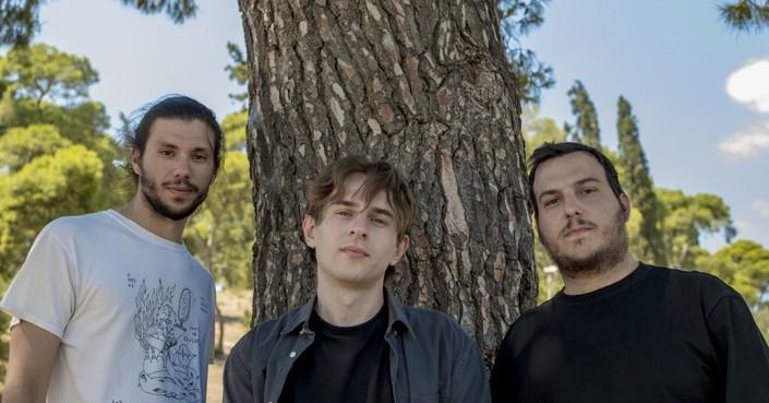 Οι Rollin' Dice επιστρέφουν με νέο άλμπουμ και μιλάνε για όλα στο deBόp