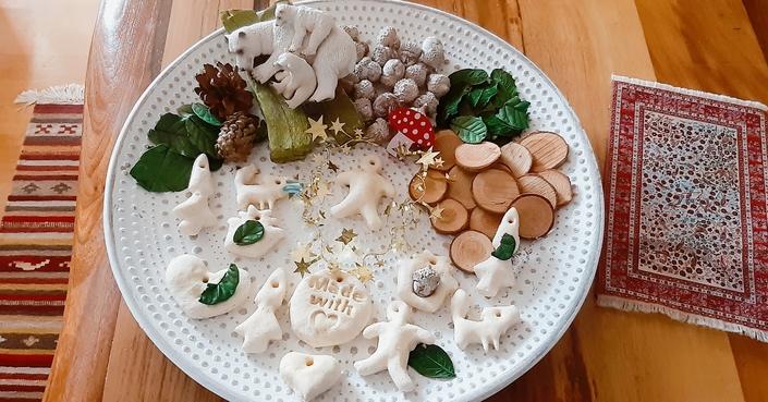 #MomAndTheCity Επιχείρηση DIY // Τα πιο όμορφα και εύκολα χριστουγεννιάτικα στολίδια με αλατοζύμη
