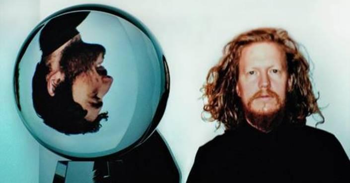DARKSIDE (Nicolas Jaar & Dave Harrington)    NEW SINGLE    Το νέο τους άλμπουμ κυκλοφορεί 23 Ιουλίου