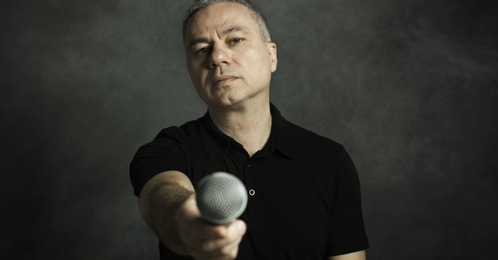 Σεμινάριο Stand Up Comedy με τον Χριστόφορο Ζαραλίκο στο θέατρο «Τζένη Καρέζη»