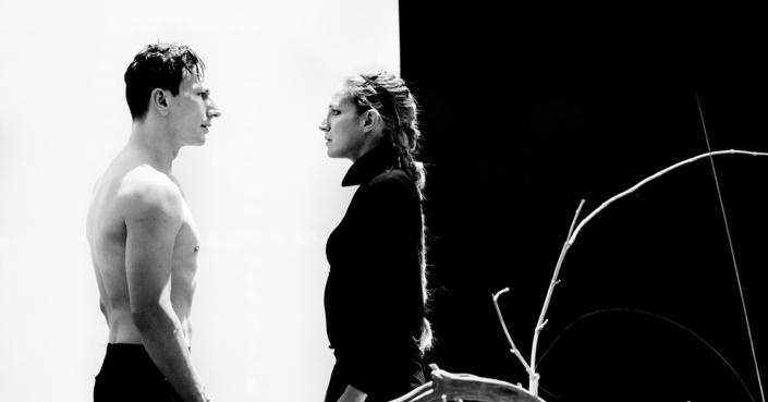 Είδαμε:  «Φαίδρα» της Μ. Τσβετάγιεβα σε σκηνοθεσία Δ. Καραντζά | Ένας γοητευτικός συνδυασμός ποιητικού λόγου και θεατρικής πράξης