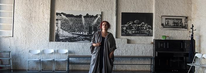 Μάρθα Φριντζήλα: « Ένας καλλιτέχνης πρέπει να παλεύει οπουδήποτε κι αν βρίσκεται».